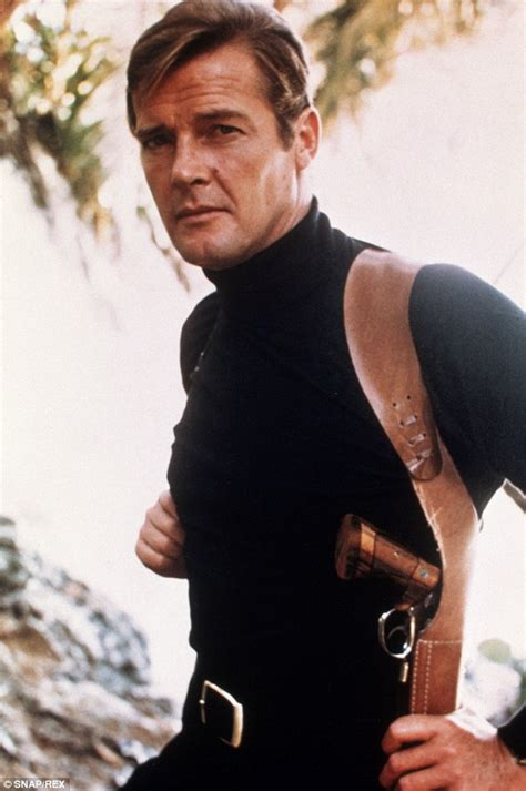 Style icon : Sir Roger Moore | Le Paratonnerre