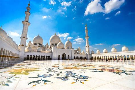 Sheikh Zayed Mosque Abu Dhabi Is The World's Second Best