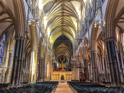A Day to Lincoln Cathedral - The British Pilgrimage Trust