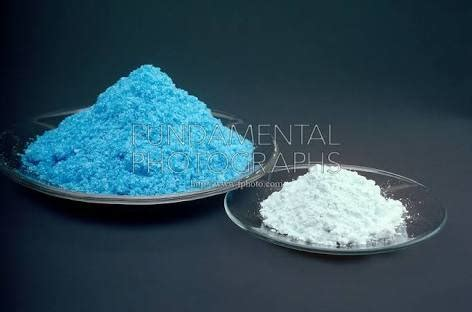 What happens when copper sulphate crystals is heated? - Quora