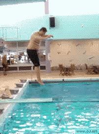 That's An Odd Looking Dive (GIF) | Total Pro Sports