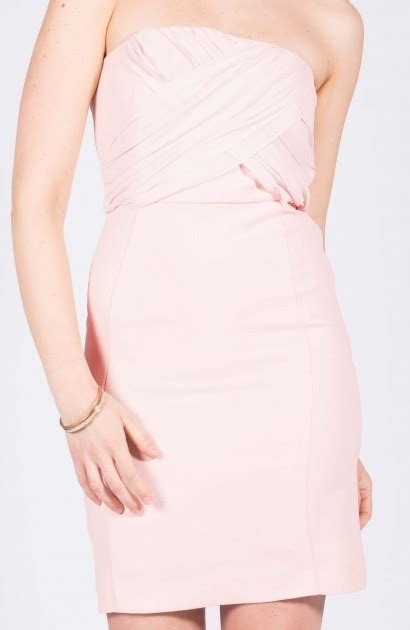 Location Robe bustier rose poudré